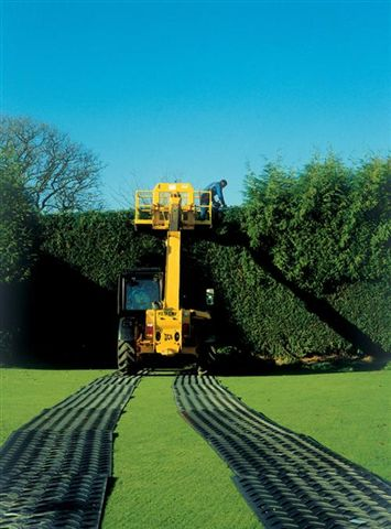 46 Lawn Proiection Mats up to 50 Ton-9